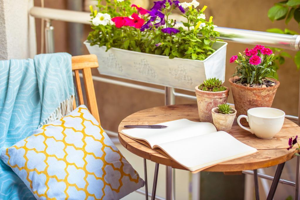 Gyönyörű lakások nagy erkéllyel, terasszal, kertkapcsolattal
