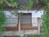 Békésen 60 m2-es, felújítandó, családi ház eladó