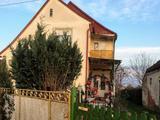 Eladó Ház, Hobol