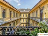 Eladó egyéb lakás, Budapest VII. kerület, Nagykörúton belüli terület, Klauzál tér