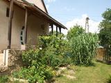 Kaposvár közelében csendes, panorámás élettér
