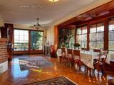 Eladó 5+1 fél szobás, panorámás családi ház szaunával Budajenőn