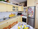 Eladó 54 m2 panel lakás, Debrecen