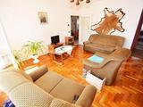 Nappali+2 szobás lakás belváros szélén!