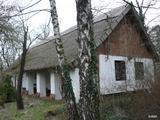 Autentikus, nádtetős tanya | Eredeti stílusban, 200 éves tanya, berendezéssel