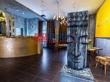 Siófok, Batthyány Lajos utca, 1114 m²-es, üdülő, 15 szobás, extrán felszerelt állapotú, egyéb