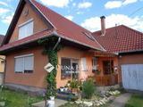 Soltvadkerten jó elosztású családi ház eladó