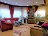 SZABADSÁGTELEPEN 270 négyzetméteres 2000-es építésű önálló családi ház eladó