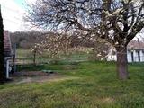 Felújított parasztház a természetben