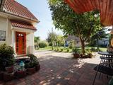 Eladó egy 260 m2, kétgenerációs családi ház, garázzsal, 1200 telekkel!