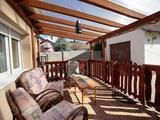 Eladó, Ajkán egy felújított családi ház, garázzsal, 750 nm kerttel!