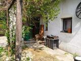 Hegyesden felújítandó családi ház és biogazdaság eladó