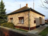 Eladó családi ház Törökszentmiklóson a G-faluban!