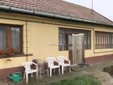 Eladó családi ház, Pusztavacs
