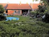 Eladó családi ház, Üröm, Ófalu