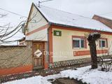 Eladó családi ház, Töttös, Bólytól 6 kmre