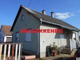 Eladó családi ház, Petneháza, Petneháza