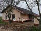 Eladó családi ház, Pálmonostora, Bácskiskun megye vége tábla