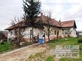 ELADÓ Tibolddarócon 4 szobás, kétlakrészes,  családi ház + állattartásra alkalmas tanya istállóval.