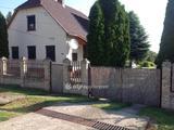 Eladó családi ház, Várdomb, csendes utca