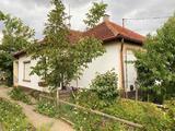 Mélykúton 3 szobás tégla szerkezetű családi ház nagy kerttel
