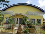 Eladó 61 m2 családi ház, Mezőzombor
