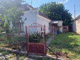 Eladó felújítandó családi ház Tatán! Kizárólag a LUX HOME-nál
