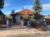 Eladó minden igényt kielégítő családi ház Szárligeten - Lux Home!