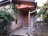 Két szobás lakóház nagy garázs,pince, Elafó