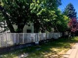 Eladó 320 m2 panzió, Balatonvilágos