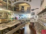 156 négyzetméteres, jó állapotú, kiadó üzlethelyiség