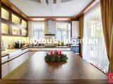 280 négyzetméteres, 6 szobás, újszerű, panorámás, kiadó ház