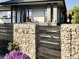 Modern Luxus családi ház szaunával, medencével Budapest Nagytétény