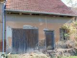 Fazekasbodán felújítandó, tégla falazatú présház nagy pincével eladó.
