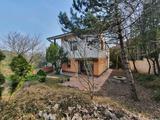 II. Rózsadomb Guggerhegyen a Turista út 15-ben önálló családi házként használható, csak farral összeépített ikerház  eladó!