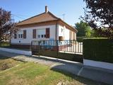 Folyamatosan karbantartott, igényes vidéki ház a Balaton déli partjától 8 km-re