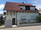 Régikertvárosi kétlakásos családi ház eladó