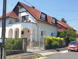 Újonnan kialakított kétlakásos családi ház Keszthelyen!