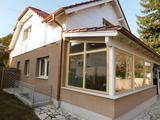 Akár két generációnak is alkalmas családi ház Balatonszárszón