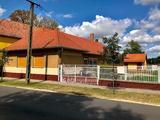 Eladó családi ház, Páhi, Központ