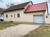 Eladó családi ház, Bácsalmás, Központ