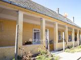 Eladó családi ház, Vaskút, Központi, Fő utca