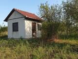 Baracskán 900 m2-es kert és gazdasági épületként nyilvántartott ingatlan eladó