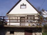 SÜRGŐS Miskolc Bábonyi bércen családi ház nagy kerttel eladó