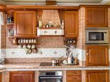 Öreghegyen exkluzív 5 szoba nappalis családi ház eladó!