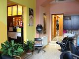 Székesfehérváron a Budai u 18 sz alatt eladó üzlethelység lakással!
