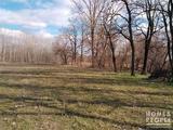 Ülléstől 8 km-re,Kiskunmajsa,Kígyóspusztán szántó és tanya eladó!
