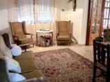 Állandó vendégkörrel rendelkező vendégház kiváló helyen, fürdő mellett