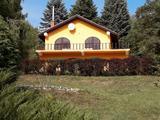 Murarátkán családi ház arborétumszerű kertben eladó