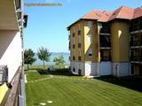 Balatonőszödi Hullám Üdülőparkban szállás kiadó vízparti apartmanban max. 4+1 fő részére